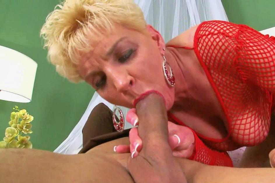 Sexy hot milf stripping and masturbating on her webcam show